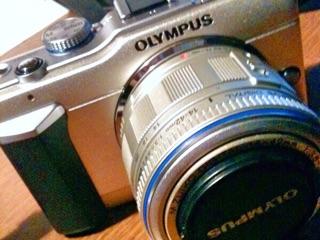 iPhoneカメラ物足りなくなってカメラ購入「一眼レフとミラーレスの違い」