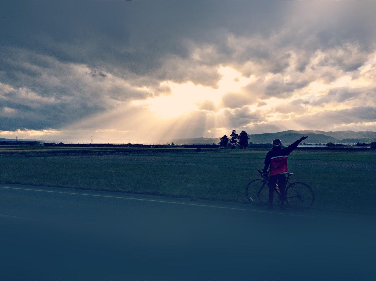 サイクリング冬10度の女服装イメージ画像