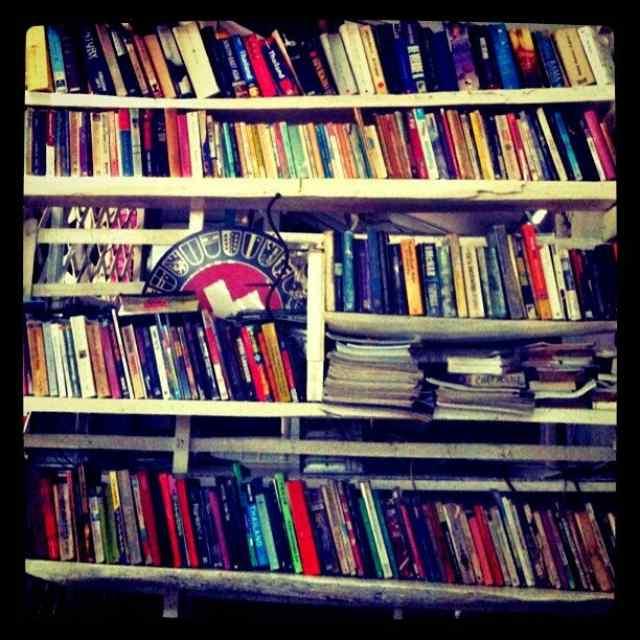 本と本棚の断捨離