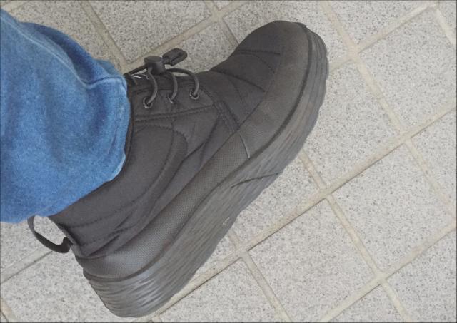 ワークマン靴防水かかとの厚み