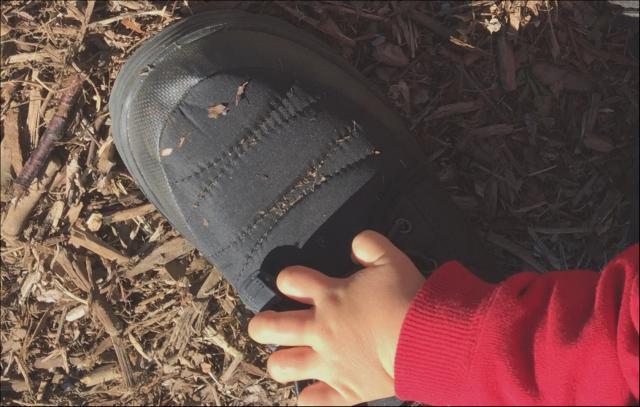 ワークマン靴叩けば落ちる